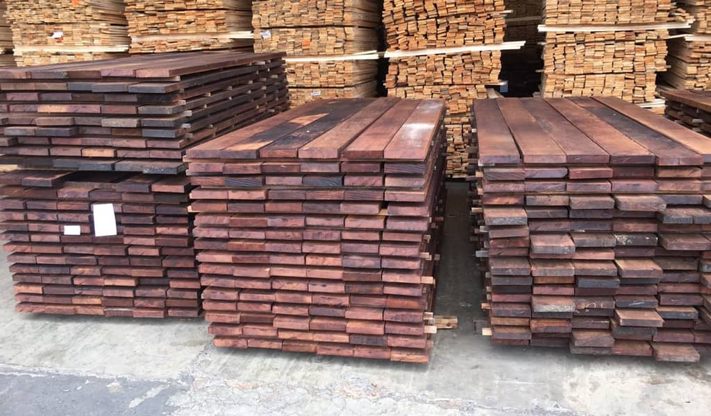 Merbau-rough-planks-(ready-for-moulder)